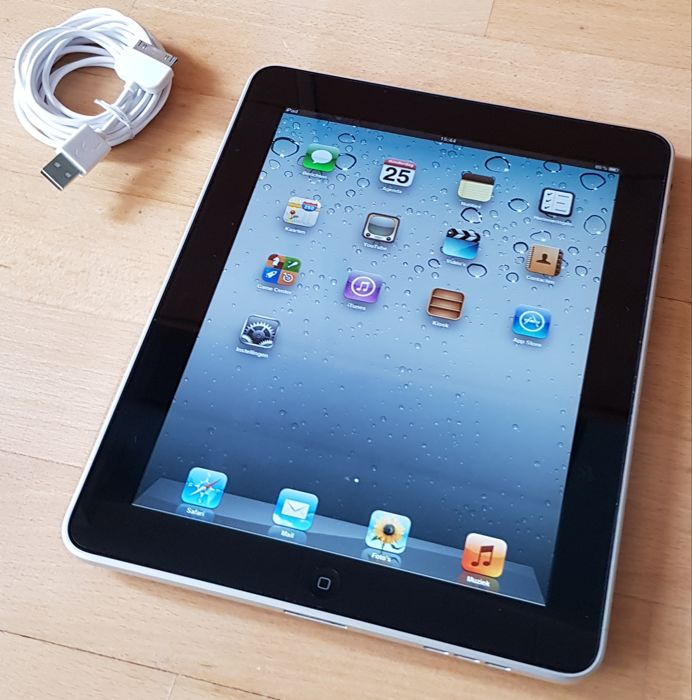 Apple iPad 1 with 32GB (A1219) with charger.