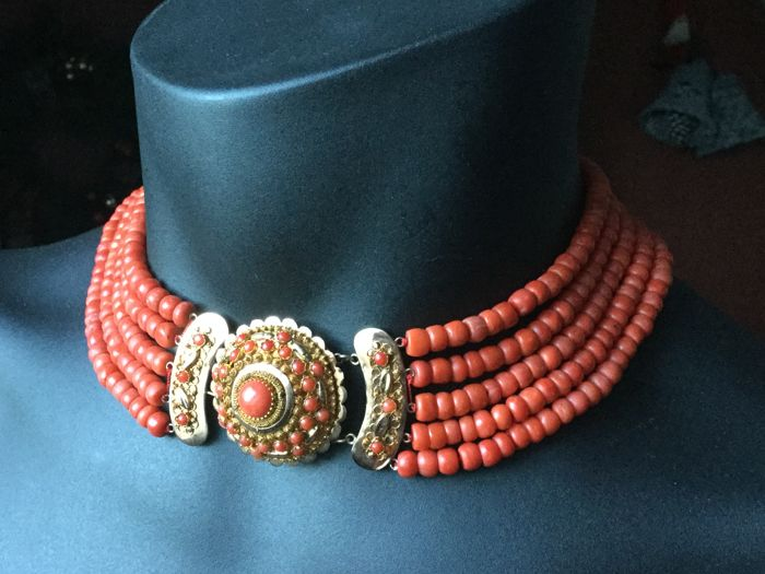 Five-strand red coral necklace with antique clasp - 154 g