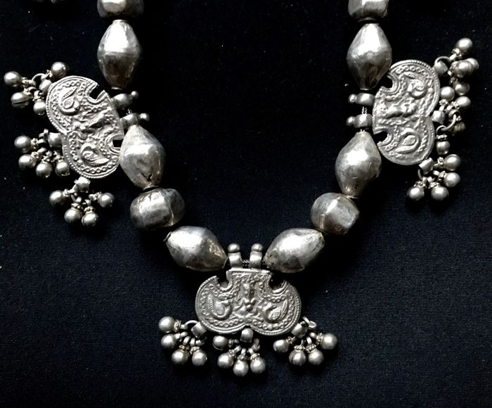 Antique silver necklace (tested, high-grade) - Rajasthan, India - mid 20th century