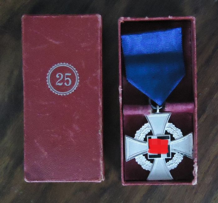 German Empire, WW 2/ Medal for Loyal Service - Army/Infantry - Decoration - 1939