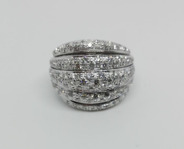 Band ring with natural diamonds, 1.50 ct, G/VVS - Diameter: 18 mm