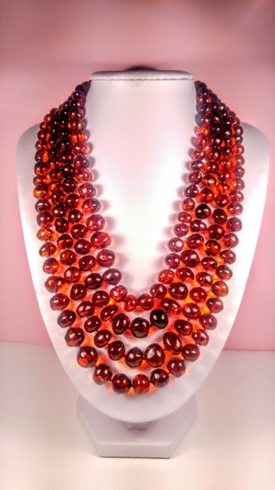 Cognac colour 100% Genuine Baltic amber necklace, 98 grams