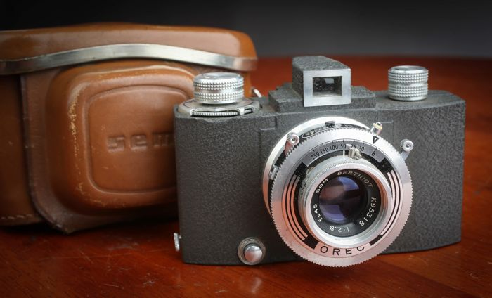 SEM BABY  1949 S VINTAGE FRENCH camera Berthiot  45 mm f 2.8  Lens