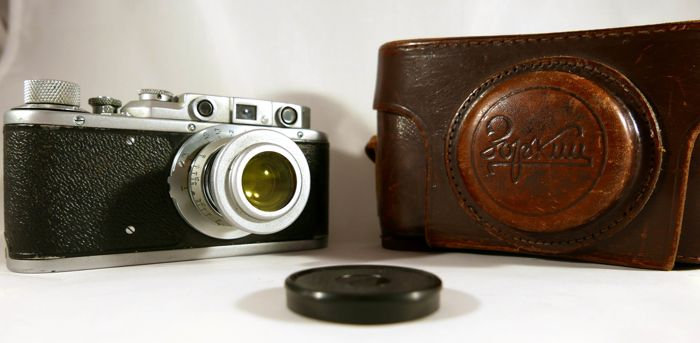 Zorki 1 , Zorka 1, Zokij 1. Camera in very good condition witch case and filter