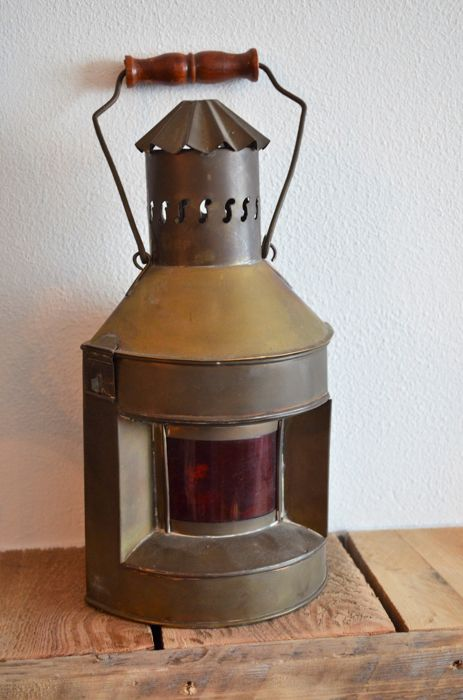Brass port side lantern - 1 - brass and glass
