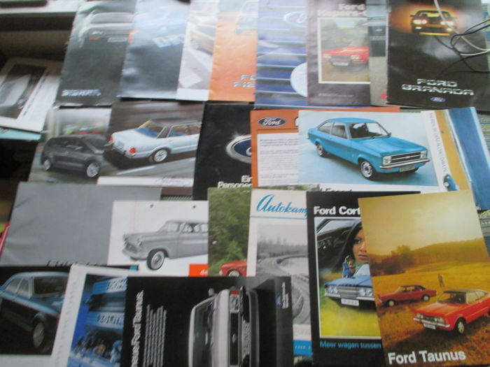 Brochures / catalogues - Ford - 1961-1984 (23 items)