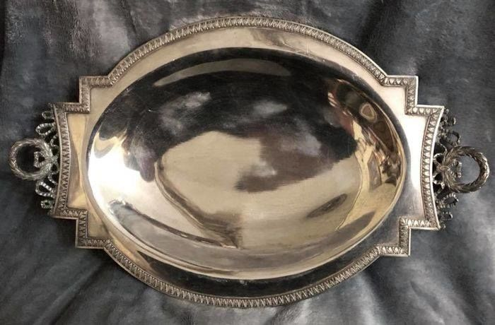 A , 19 Century , NAPOLEON III (1848 - 1852 ) , -    high quality Silver Plated , magnificent , oval - dish , EMPIRE Style with  pair of Imperial handles - France - 1825-1849