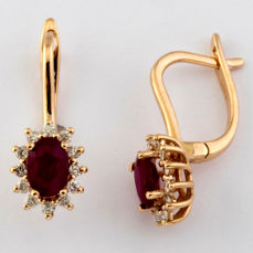 14K Pink Gold Earring set with 2 natural ruby and 24 brillant cut diamonds 1,30 ct in total (No Reserve Price)