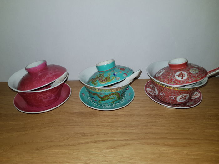 Lot of 3 bowls with plates-saucers-lites-spoons-depicting various scenes - China - second half2oth C.