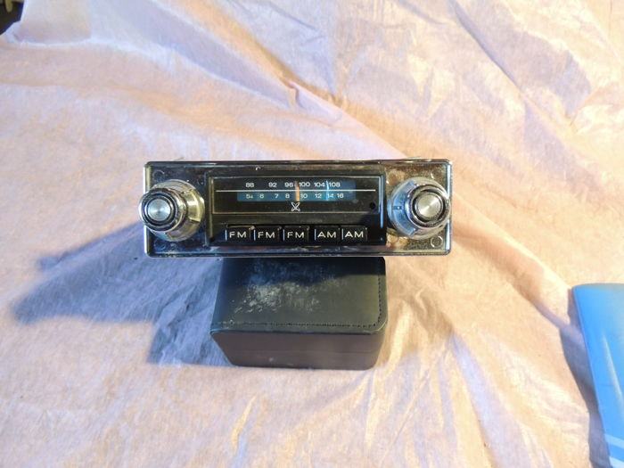 Car radio - Sear - Simpson made in the USA fm - am - 1970 -1975 (1 item)
