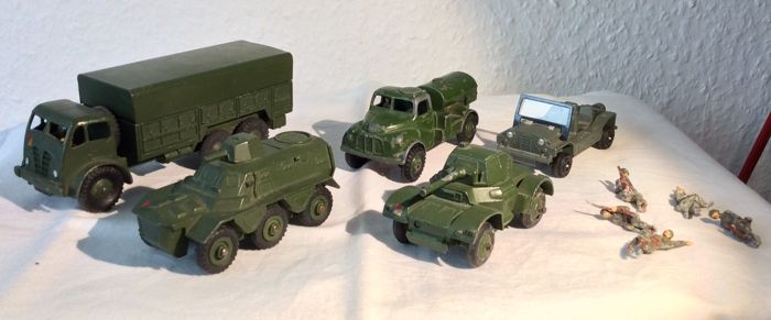 Military Car Lot >> Dinky Toys 1 43 Lot With 5x Military Vehicle 15x Dinky