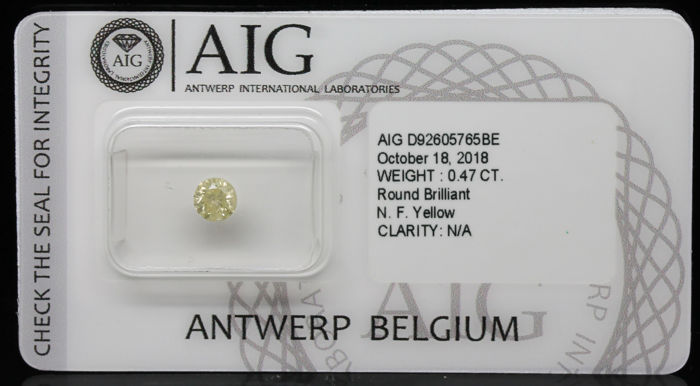 0.47 ct Certified Fancy Yellow Round Brilliant Cut Diamond  - NO RESERVE
