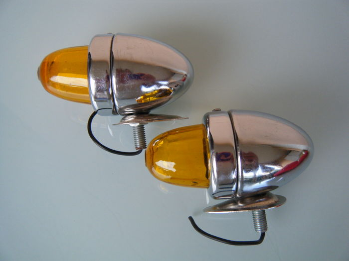 Additional lights US auto-motorcycle vintage - unbranded - 1950