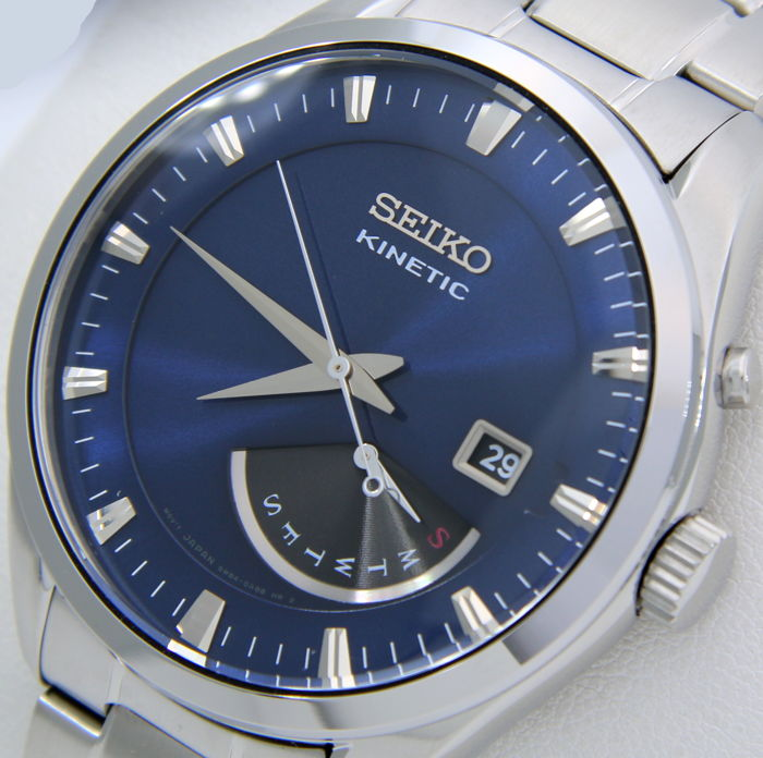 """Seiko - Kinetic Day/Date 100M """"Blue Dial"""" - Heren - 2019"""