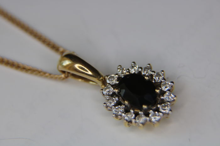 good quality, Necklace with Pendant - Gold - 0.9 ct - Sapphire and 0.32Ct.- H/SI , Diamond