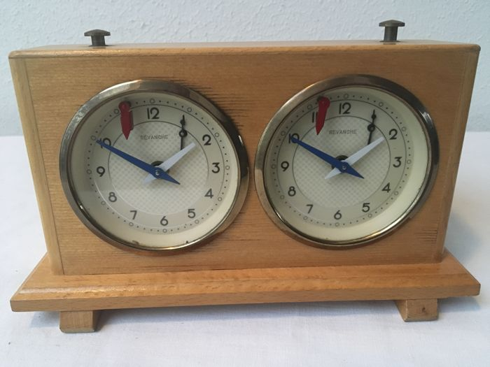 Authentic Revanche Chess clock - Wood