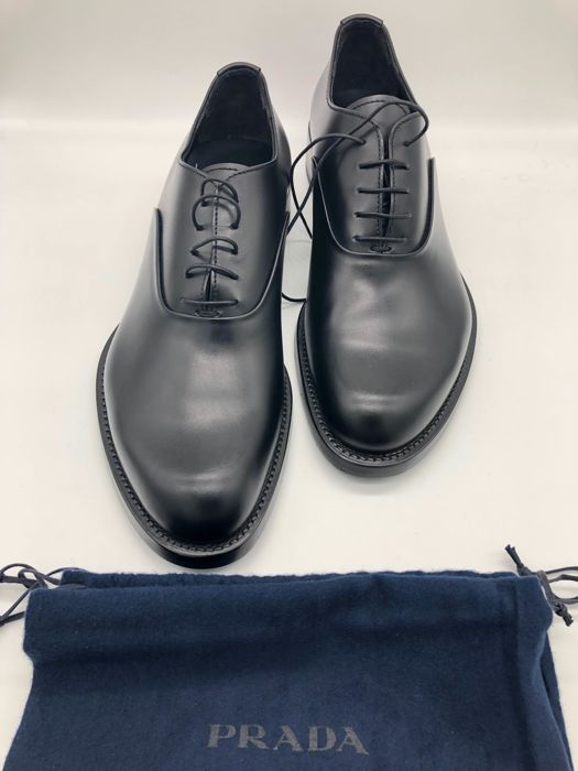 Prada Lace-up shoes - Catawiki 1c67c1d8afc5