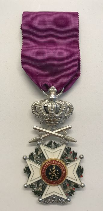 Belgium - Knight in the order of Leopold - Military division - Medal - 1960