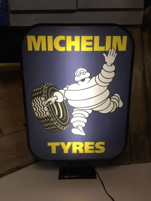 Decorative object - Michelin lightbox collectible item - 2000-2010 (1 items)