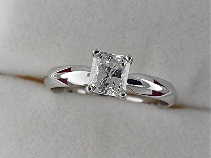 0.78 carat D/VS1 Radiant treated Diamond Solitaire Engagement Ring in Solid White Gold 14K