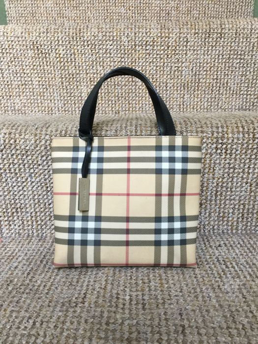 Burberry - Nova Check Tote bag - Catawiki 38bb2f3ed94b9