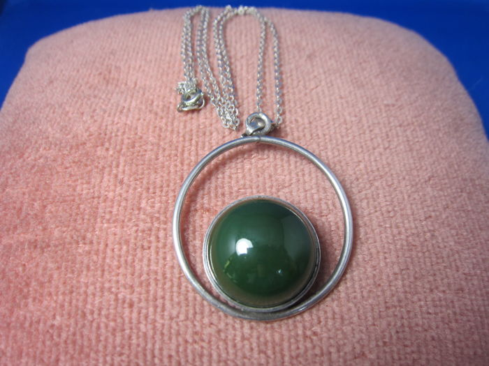 835/1000 silver pendant on a 925/1000 link necklace
