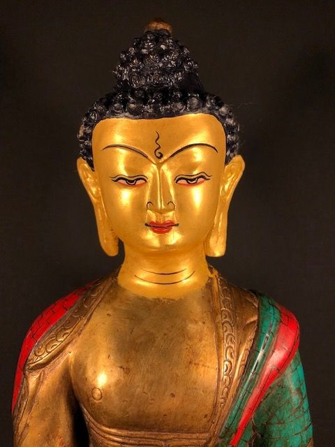 A 'gold face' Medicine Buddha copper with stone inlay (39,5cm) - Nepal - late 20th-21st century