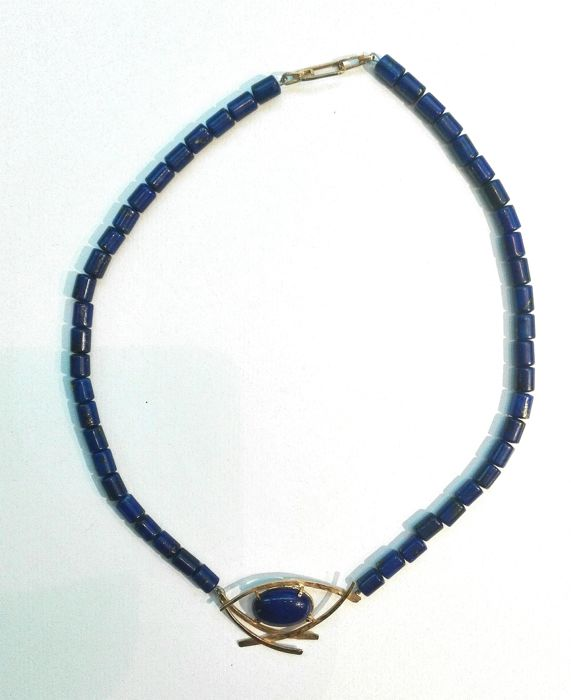 750/1000 gold necklace with central cabochon lapis lazuli  12 x 8 mm - Unique piece, handmade, signed designer's item of jewellery