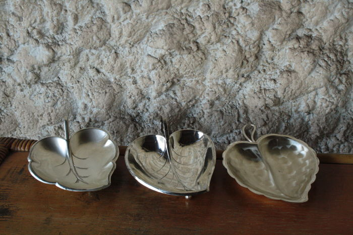 Art Deco chocolate set in leaf shape - Christmas - Silver plated - Europe - 1950-1999