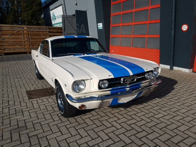 Ford USA - MUSTANG FASTBACK 289 C CODE - 1965