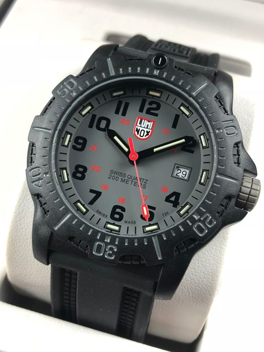 Luminox - Navy SEAL 20th Anniversary Series Carbon - GGL.L8802 - Homem - 2011-presente