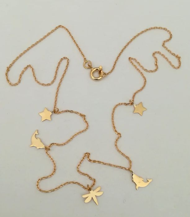 19.2 kt - Gold necklace with dolphin, star, ladybug, - length 43 cm - total weight 2.4 g