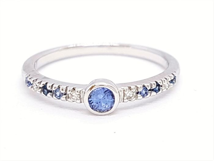 Isabelle Langlois - Ring - 18 kt white gold - Diamonds 0.04 ct - Sapphires 0.11 ct - Size 54 EU