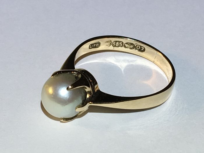 14k gold ring with a pearl ( year 1967, O7 ) ring size: 16.50mm/ 2.55g***no reserve