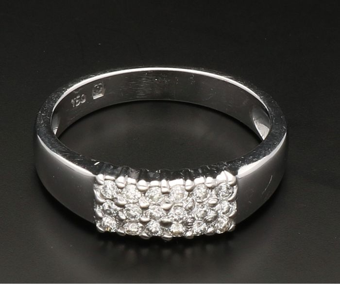 Bague - Or blanc - 0.18 ct - Diamant