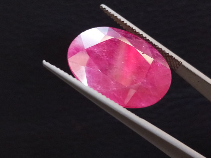 Ruby - 12.35 ct