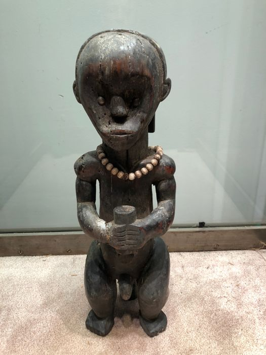 Top of a BYERI reliquary carved in wood - FANG - Gabon