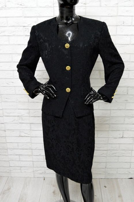 32a07fc4f91 Luisa Spagnoli - Jacket, Skirt, Suit - Catawiki