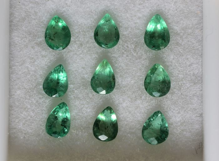 Emeralds - 1.15 ct - 9 pieces
