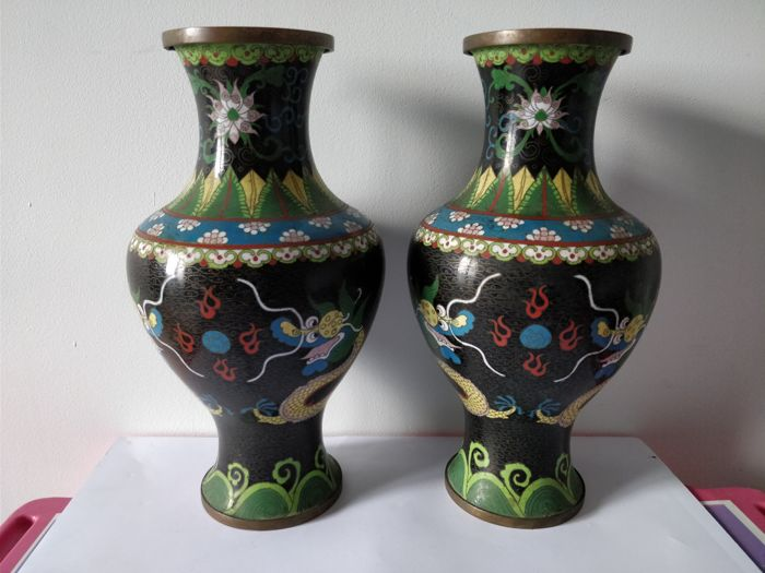 Pair of cloisonné enamel on copper vases with double dragon decoration - China - ca. 1930