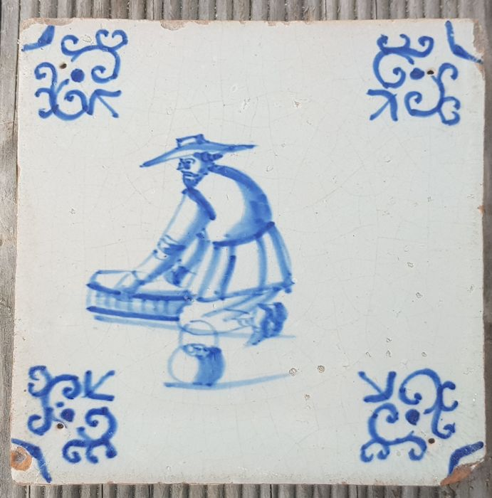 17th century tile with fisherman (1) - Earthenware