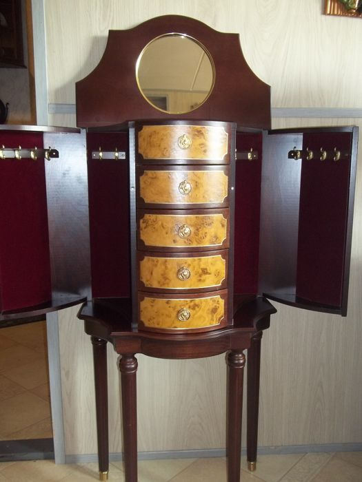 Superbe House Of Fabergé   Jewelry Cabinet   Fabergé Heirloom Furniture Collection    Very Good Condition