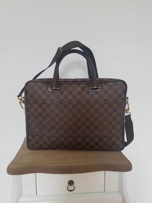 8b179aef Louis Vuitton - Icare Damier business bag - Catawiki