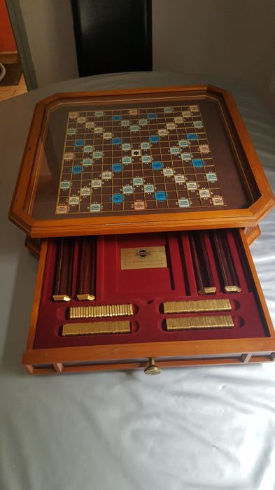 Franklin Mint Scrabble Franklin édition de collection  - with stone in 24 carat gold plated 102 stone