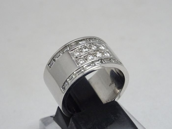 18 kt. White gold - Ring - 1.40 ct Diamond