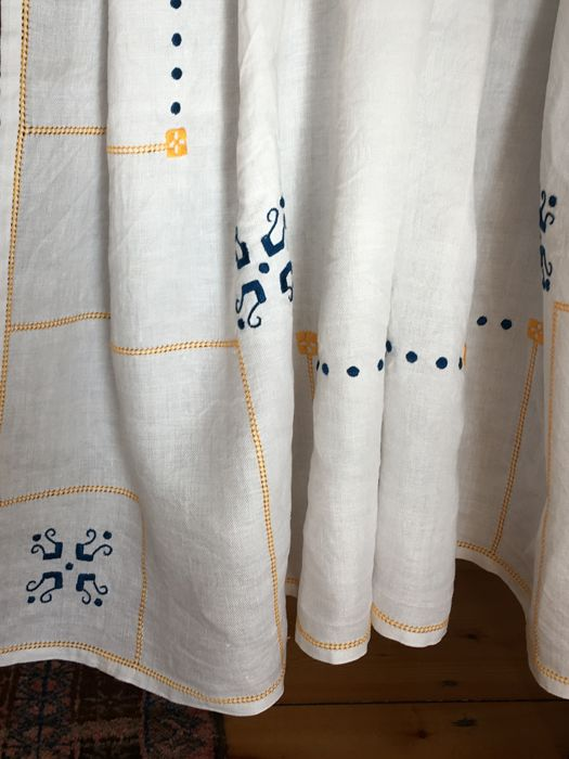 Tablecloth and 6 napkins - hand embroidered - 7 - linen