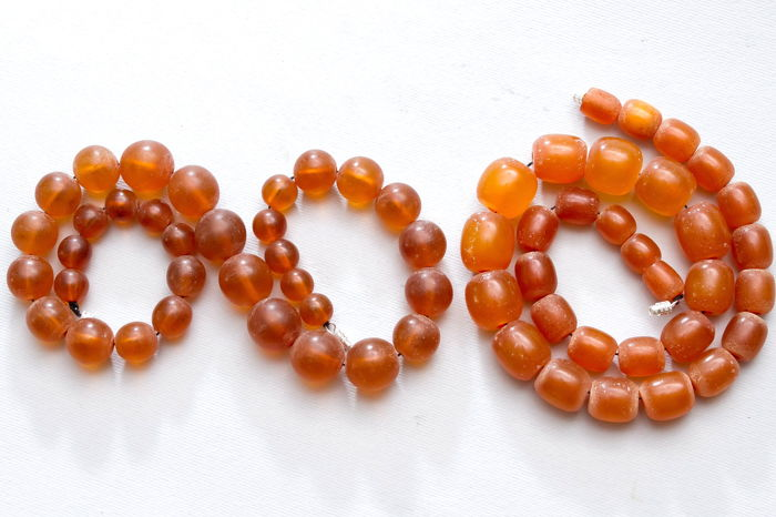Set of 2 vintage Natural Baltic Amber necklaces 81 gram