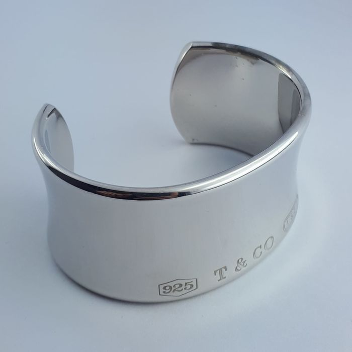 cfefa621f8a76 Tiffany & Co - 1837 Wide Cuff Bangle , 925 Silver, D: 6 cm, width: 3 cm,  Shipped With A Universal Gift Box - Catawiki