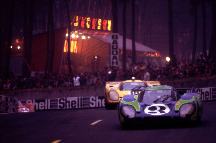 fotograaf - 1970 Le Mans Porsche 917 K with funfair  - 2016-2016 (1 items)
