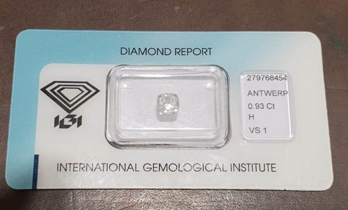 Square cushion modified brilliant 0.93 ct, H/VS1 (IGI international), G/VG very slight